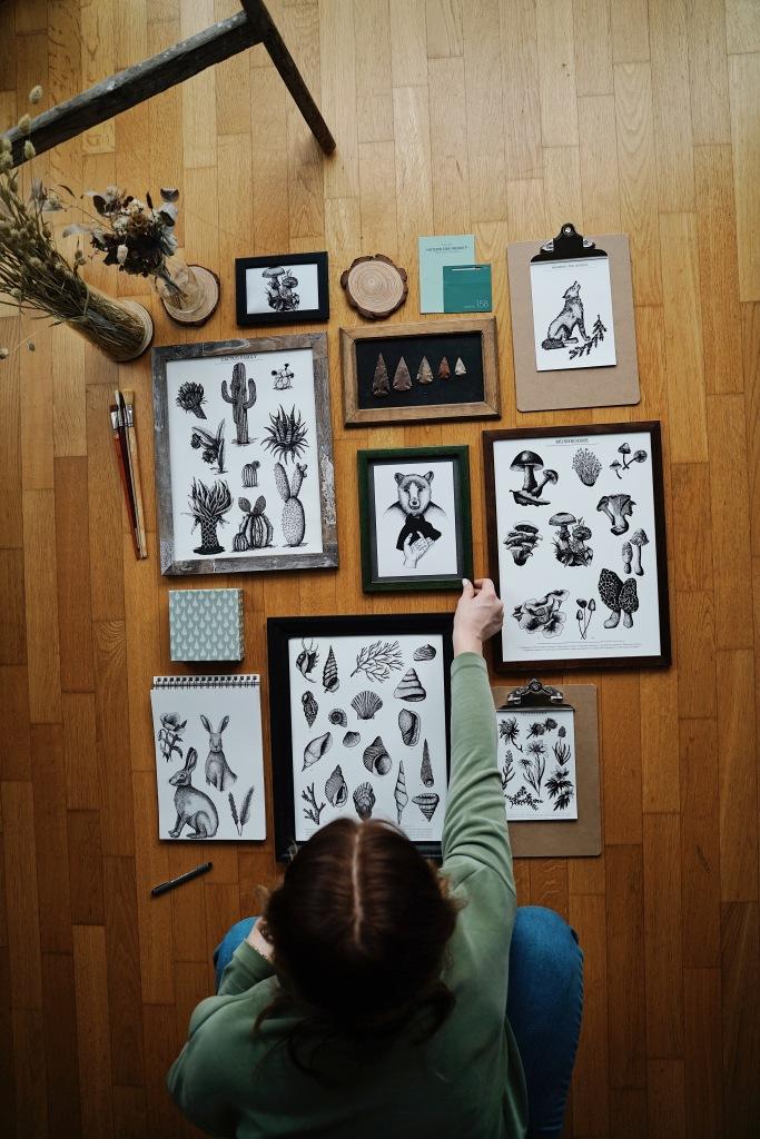 Illustrationen und Zeichnungen der Künstlerin, Blumen und Tiere zeichnen